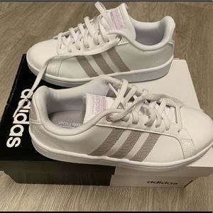 Adidas Cloudfoam Advantage Size 6